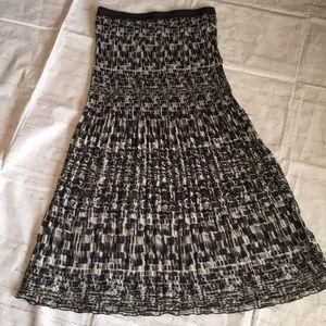 Liz Claiborne wrinkled pleated maxi skirt